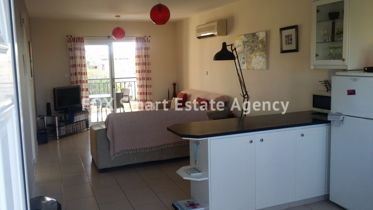 For Sale 2 Bedroom Top floor Apartment in Kato pafos , Paphos 4