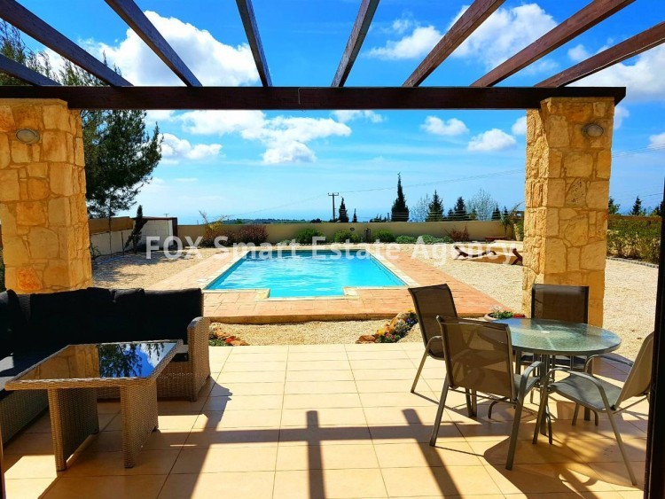 To Rent 3 Bedroom Detached House in Pafos, Paphos 3