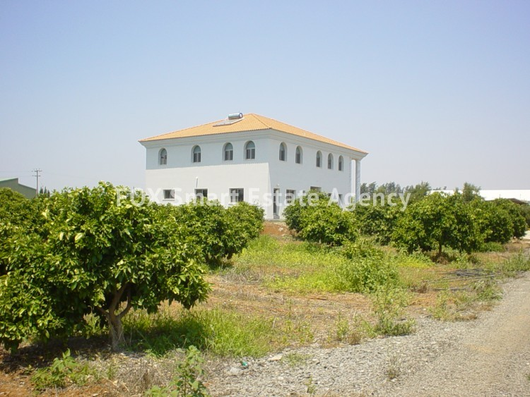 To Rent 7 Bedroom  House in Kolossi, Limassol 2