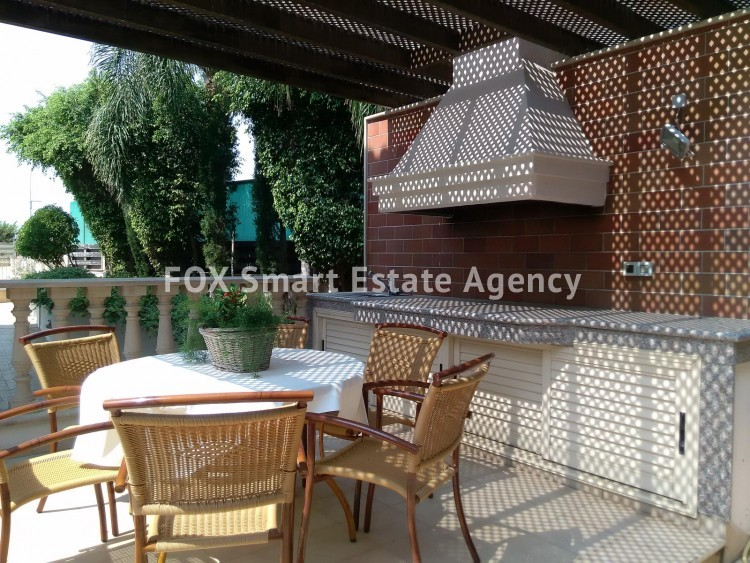 To Rent 6 Bedroom Detached House in Limassol, Limassol 11