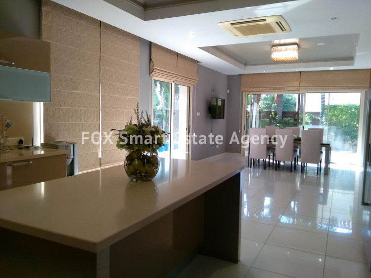 To Rent 6 Bedroom Detached House in Limassol, Limassol 9