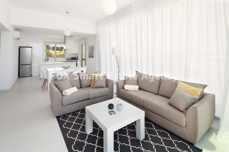 For Sale 3 Bedroom  Apartment in Kato pafos , Paphos 9
