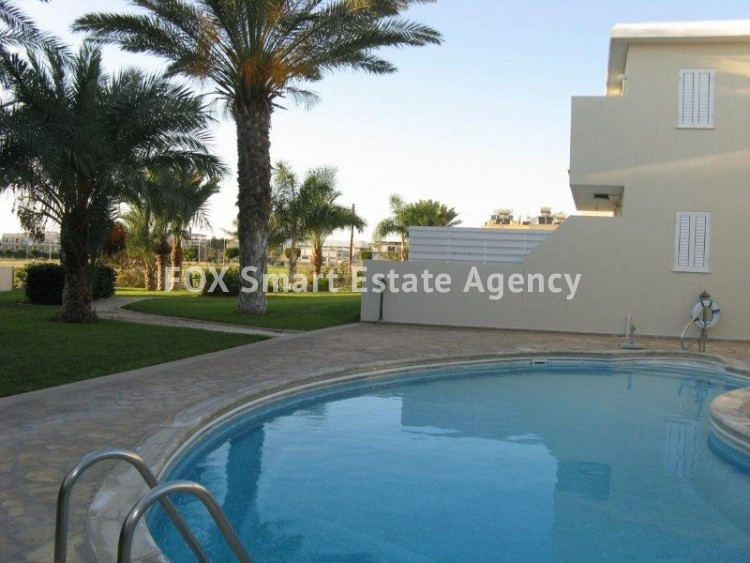 For Sale 1 Bedroom Ground floor Apartment in Kato pafos , Paphos 3