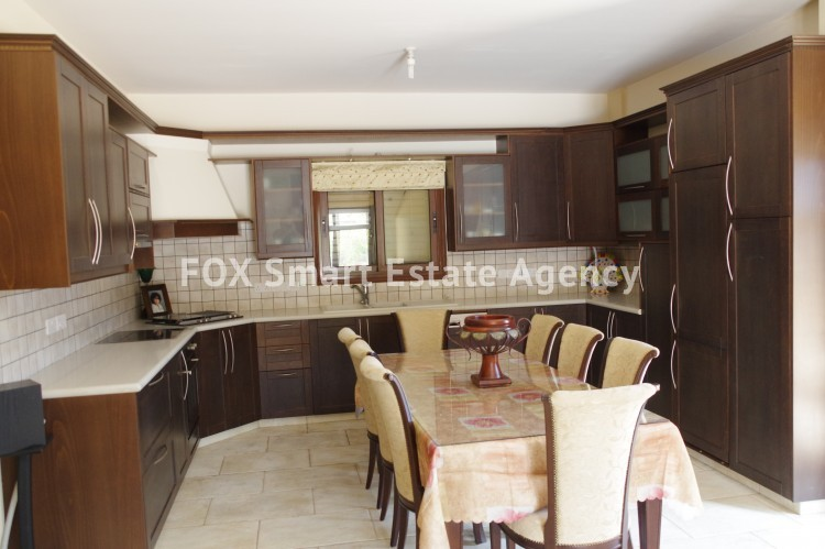 For Sale 9 Bedroom Detached House in Agia anna, Larnaca 10