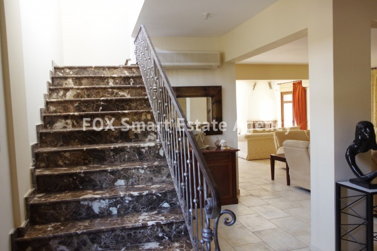 For Sale 9 Bedroom Detached House in Agia anna, Larnaca 11