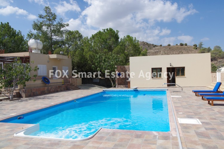 For Sale 9 Bedroom Detached House in Agia anna, Larnaca 3