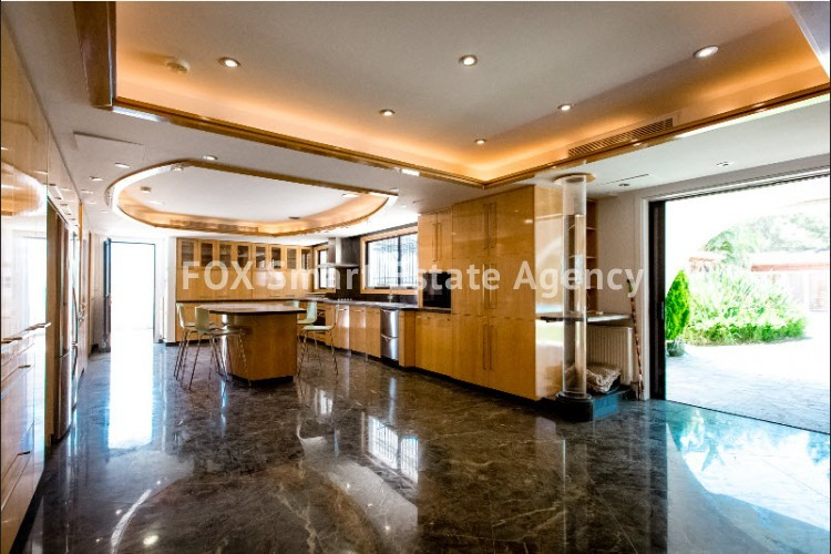 ONE OF A KIND 7 BEDROOM LUXURY HOUSE WITH PRIVATE SWIMMING POOL  - BUILT IN MORE THAN 2,000 SQUARE METERS 9