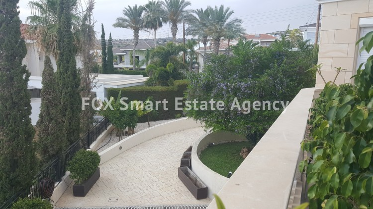 To Rent 6 Bedroom Detached House in Agios tychon, Limassol 24