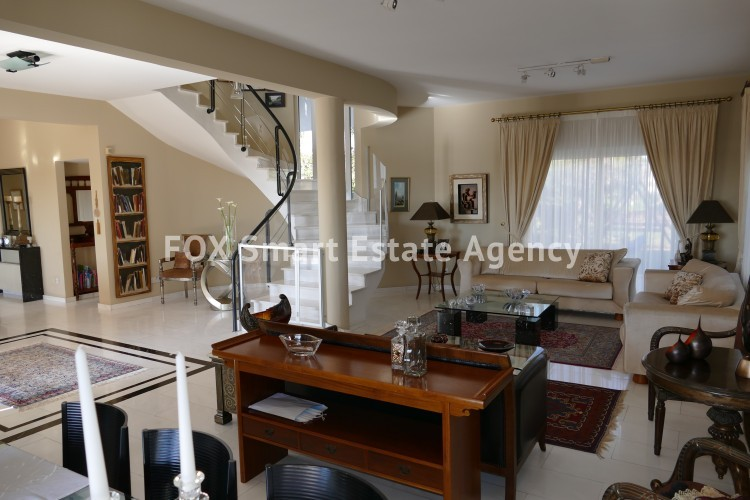 For sale 4 bedroom luxury house in Makedonitisa with spacious yard and unobstructed view