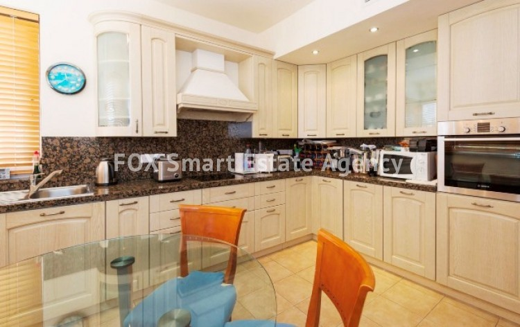 For Sale 3 Bedroom Luxurious Apartment in Nicosia Centre 12