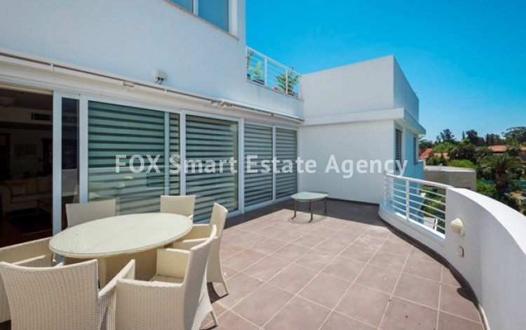 For Sale 3 Bedroom Luxurious Apartment in Nicosia Centre 2
