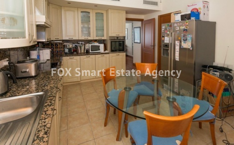 For Sale 3 Bedroom Luxurious Apartment in Nicosia Centre 9
