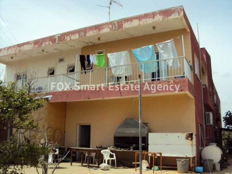 Mixed use Building in Derynia, Famagusta