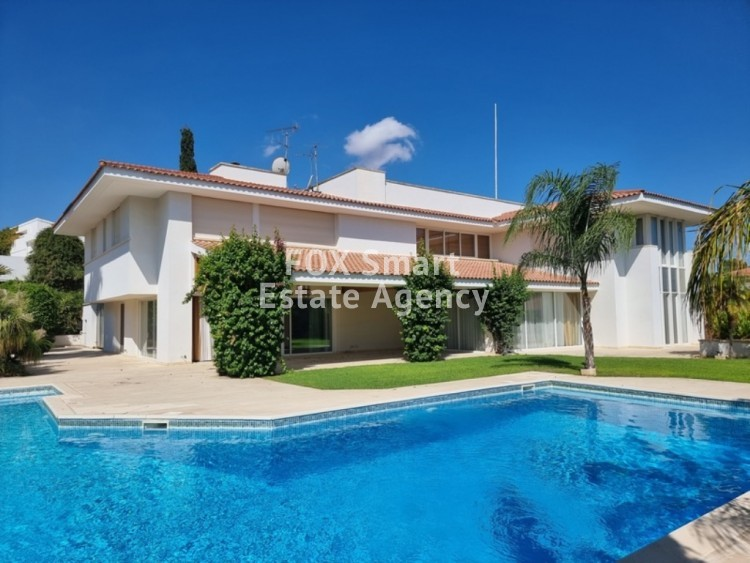 TOP OF THE ART - VERY EXCLUSIVE LUXURY HOUSE WITH SWIMMING POOL IN ENGOMI 7