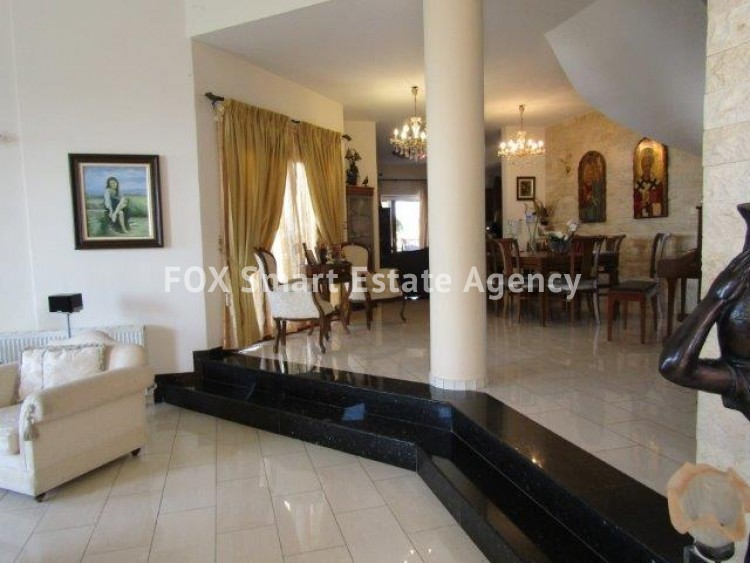 To Rent 5 Bedroom Detached House in Mesa geitonia, Mesa Gitonia, Limassol 3