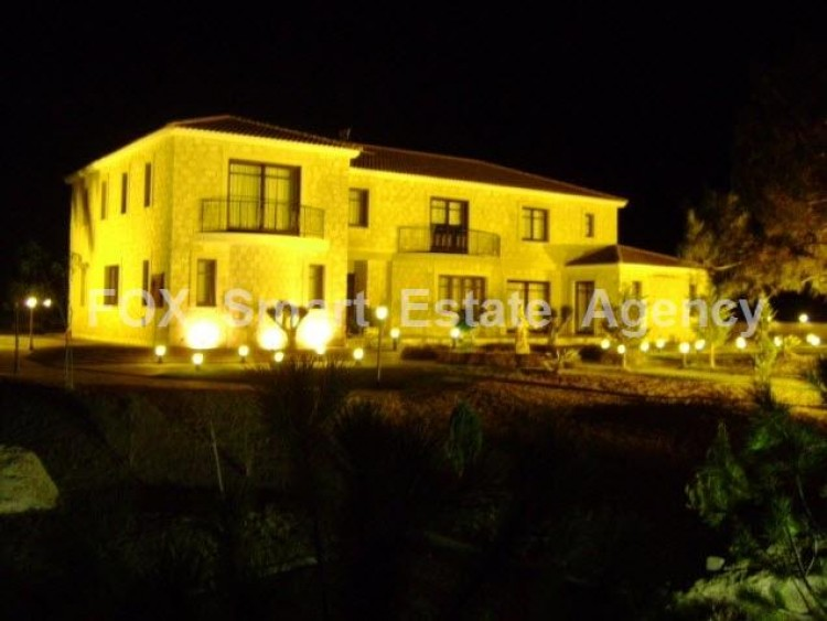 For Sale 5 Bedroom Detached House in Sia, Nicosia 3