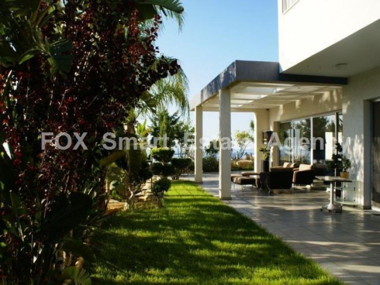 For Sale 5 Bedroom Detached House in Agios tychon, Limassol 11