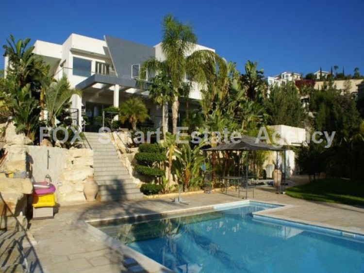 For Sale 5 Bedroom Detached House in Agios tychon, Limassol 13
