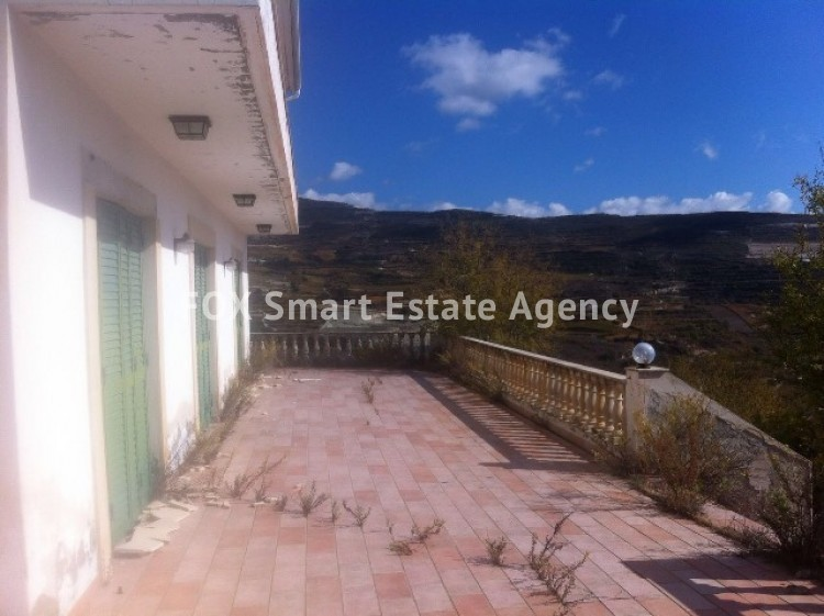 For Sale 4 Bedroom  House in Omodos, Limassol 3