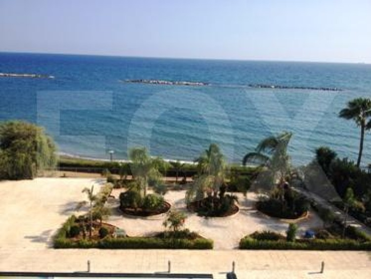 For Sale 2 Bedroom Apartment in Agios tychon, Limassol 15