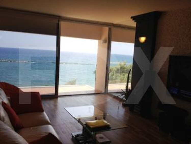 For Sale 2 Bedroom Apartment in Agios tychon, Limassol 3