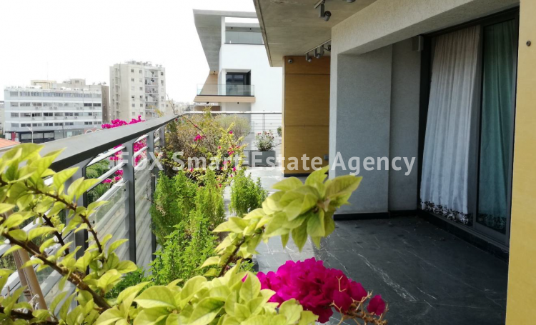For Sale 4 Bedroom Duplex Apartment in Limassol, Limassol 3