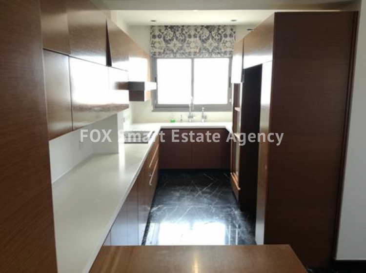 For Sale 4 Bedroom Duplex Apartment in Limassol, Limassol 8