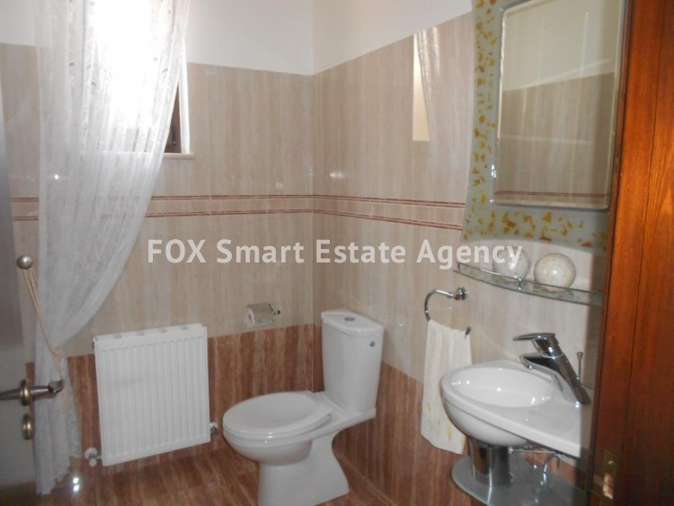 For sale Luxury four bed detached house in Agios Fanourios 10