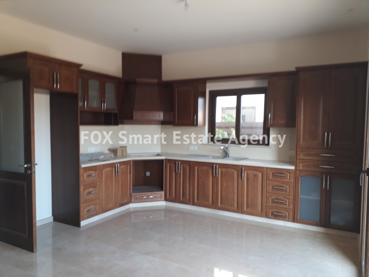 For Sale 3 Bedroom Detached House in Pyrgos lemesou, Limassol 11