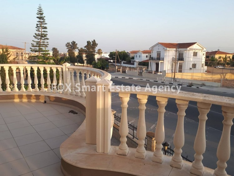 For Sale 5 Bedroom Detached House in Agios fanourios, Larnaca 7