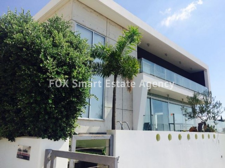 To Rent 6 Bedroom Detached House in Panthea, Limassol 3