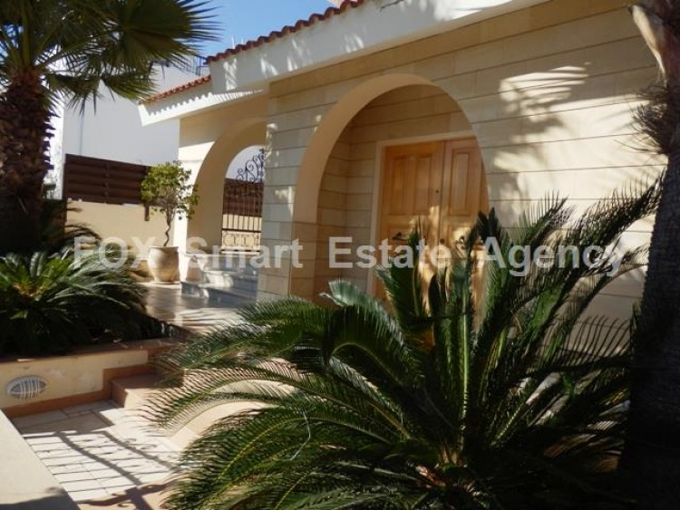 For Sale 3 Bedroom Detached House in Aglantzia, Nicosia 2