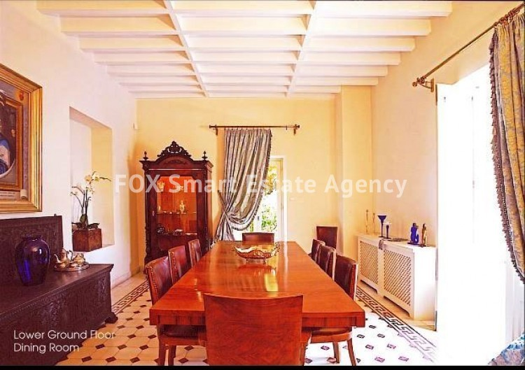 6-BEDROOM LISTED HOUSE WITH SWIMMING POOL IN THE CITY CENTRE - A TRUE PIECE OF ART 7