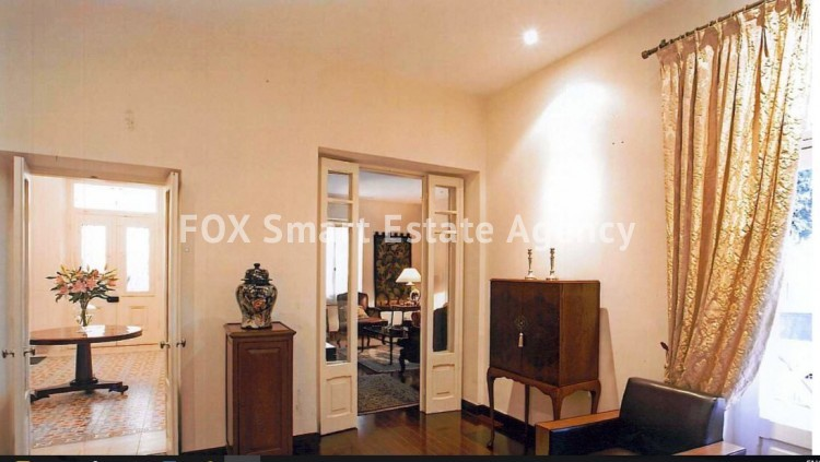 6-BEDROOM LISTED HOUSE WITH SWIMMING POOL IN THE CITY CENTRE - A TRUE PIECE OF ART