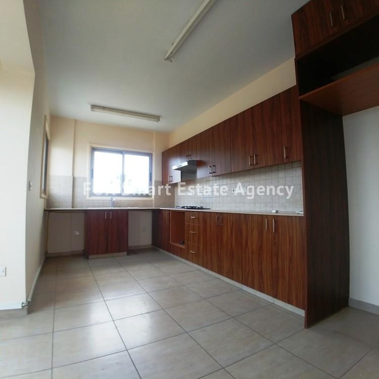 2 Bedroom Penthouse Flat For Sale,  in Agios Nikolaos area, Drosia 4