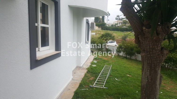To Rent 5 Bedroom  House in Kalogyros, Limassol 8