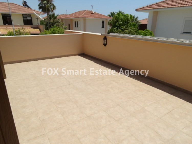 For Sale 4 Bedroom Detached House in Dekelia, Larnaca 21