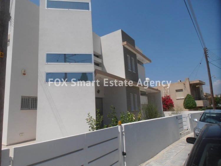 For Sale 3 Bedroom Detached House in Laiki leykothea, Agia Fylaxis, Limassol 2