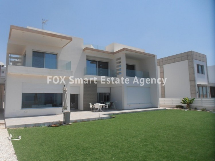 For Sale 3 Bedroom Detached House in Laiki leykothea, Agia Fylaxis, Limassol 8