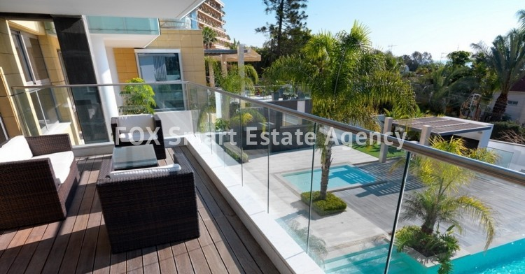For Sale 2 Bedroom  Apartment in Agios tychonas, Agios Tychon, Limassol 9
