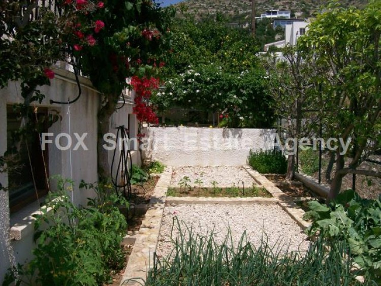 For Sale 5 Bedroom Detached House in Tala, Paphos 13