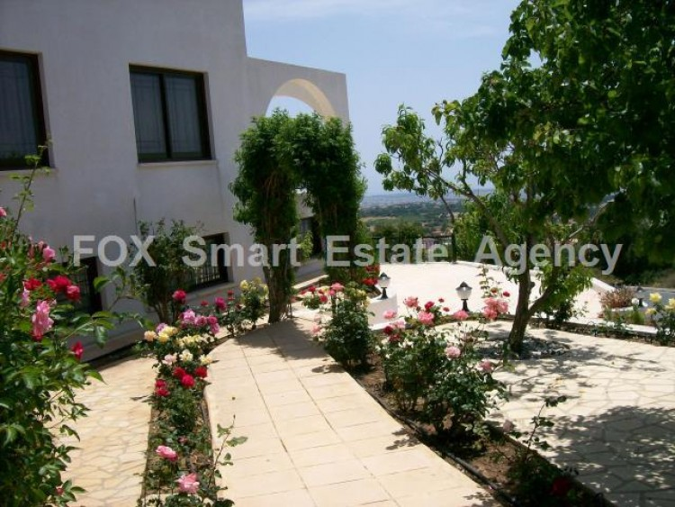 For Sale 5 Bedroom Detached House in Tala, Paphos 8