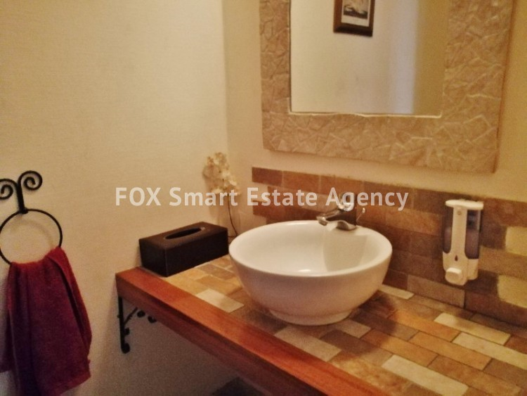 4 bedroom Bungalow with swming pool opposite the National park of Athalassas 16