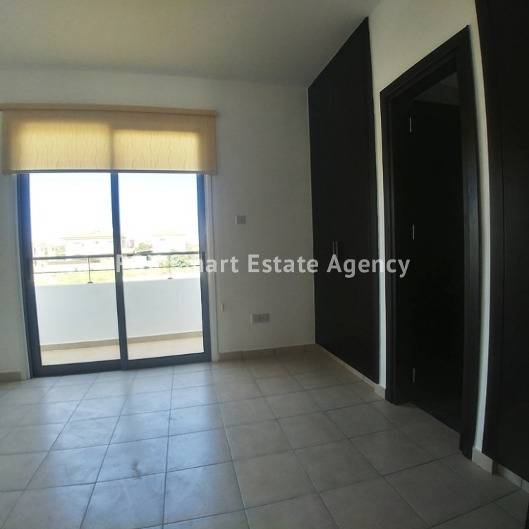 3 Bedroom House For Sale in Livadia 11