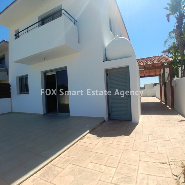 3 Bedroom House For Sale in Livadia 6