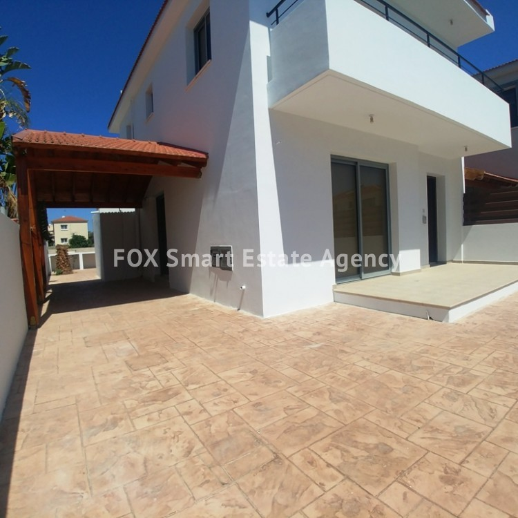 3 Bedroom House For Sale in Livadia 7