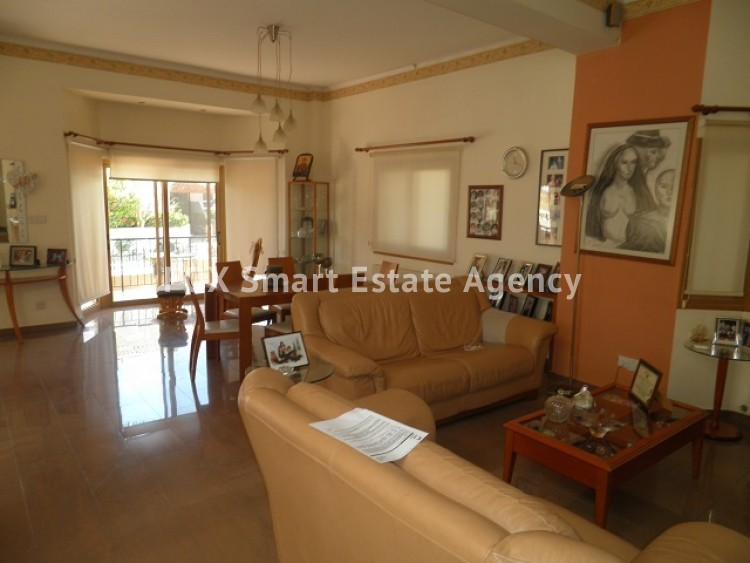 For Sale 6 Bedroom Detached House in Kallithea, Dali, Nicosia 3