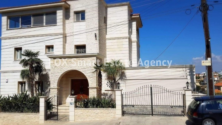 To Rent 5 Bedroom Detached House in Laiki leykothea, Agia Fylaxis, Limassol 18
