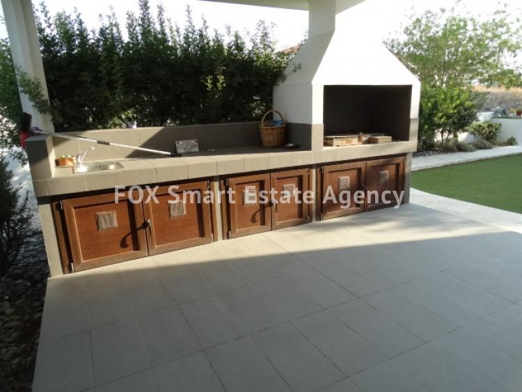 For Sale 4 Bedroom Detached House in Agios fanourios, Larnaca  43