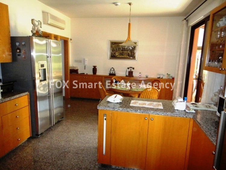 For Sale 4 Bedroom Detached House in Dasoupolis, Strovolos, Nicosia 9